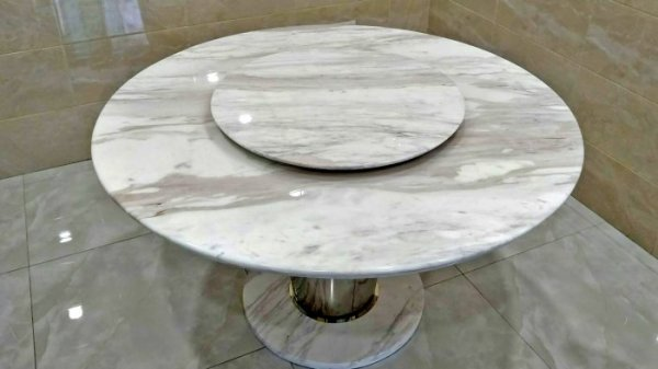 dieu-gi-o-da-marble-volakas-khien-khach-hang-them-khat-co-duoc-1