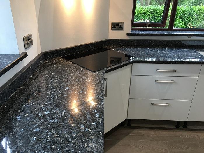 Các mẫu mặt bếp đá granite đẹp, mới nhất-15