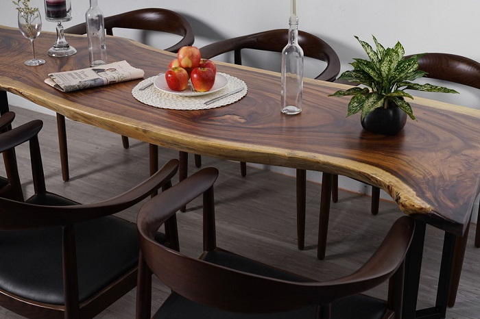 2 cách chọn bàn ăn gỗ phù hợp với ngôi nhà-2