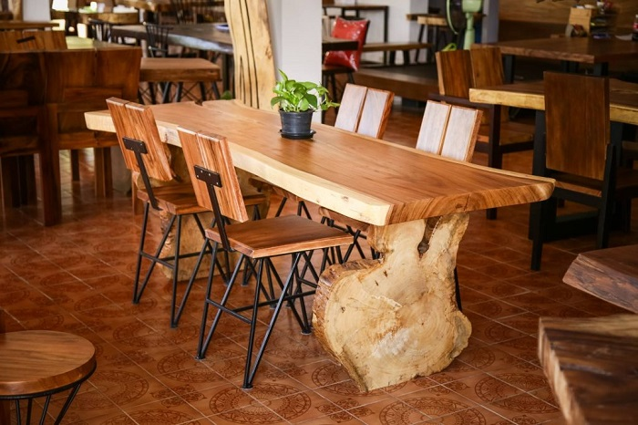 3 loại bàn ăn gỗ đẹp được các gia đình hiện đại yêu thích-6
