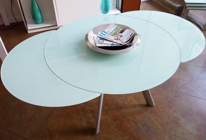 3 lợi ích hàng đầu của bàn ăn thông minh mặt kính-4