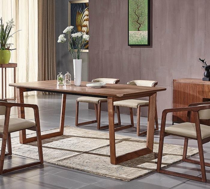 Khi chọn bàn ăn chung cư nhỏ, bạn nên chọn những chiếc bàn có kích thước nhỏ và ưu tiên các bộ bàn thông minh có thể kéo dài hoặc gắn trực tiếp lên tường-7