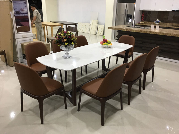 Trọn bộ kinh nghiệm chọn bàn ăn 8 ghế cho gia đình đông người-10