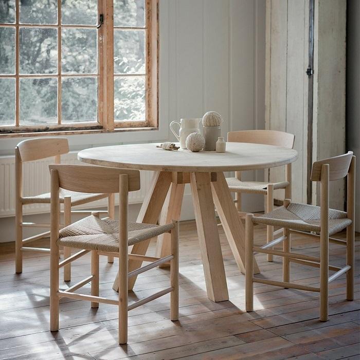 Vì sao bạn nên chọn mua bàn tròn gỗ tự nhiên-3
