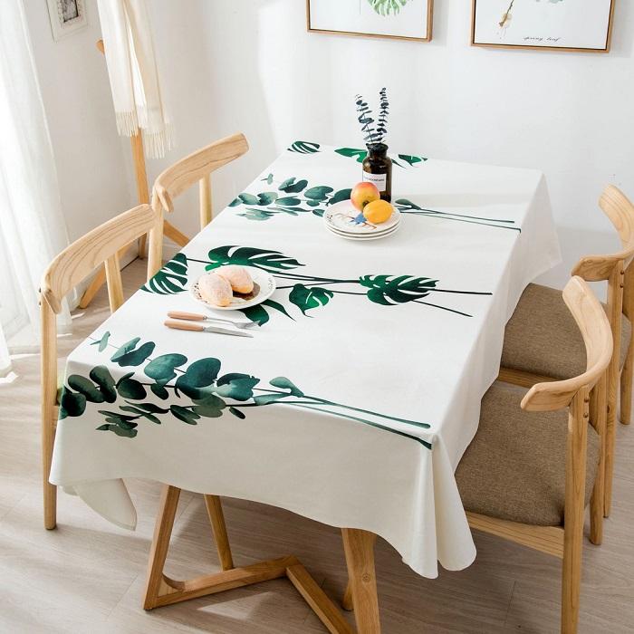 Mách bạn cách trang trí bàn ăn gia đình đẹp mà đơn giản-11