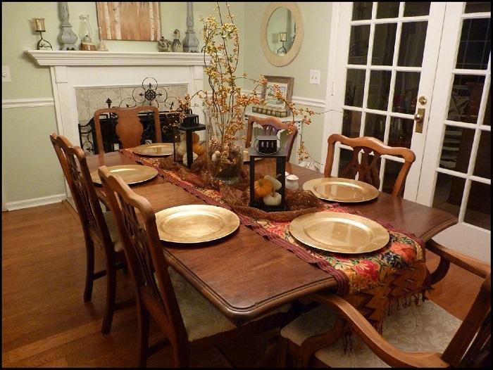 Mách bạn cách trang trí bàn ăn gia đình đẹp mà đơn giản-15